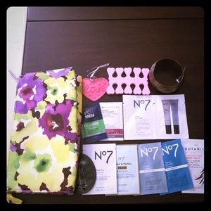 Clinique Cosmetic Bag of Goodies